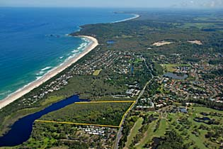 Byron Bay Rainforest Resort is opposite Byron Bay Golf Club